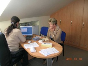 Asszisztens felvételi , bejelentkezési szoba